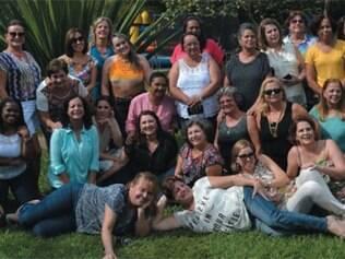 Após 37 anos, as aulas do curso de magistério do antigo colégio estadual betinense, que formaram em 1977, se reuniram no último dia 25, no Rancho do Barril, para matar a saudade. O encontro foi organizado por Vânia Rodrigues, Marília Bicalho, Carminha Amaral e Alaíde Maria.