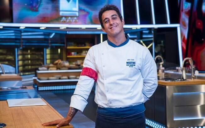 Nascido em Santos, o chef Dario Costa está com 32 anos