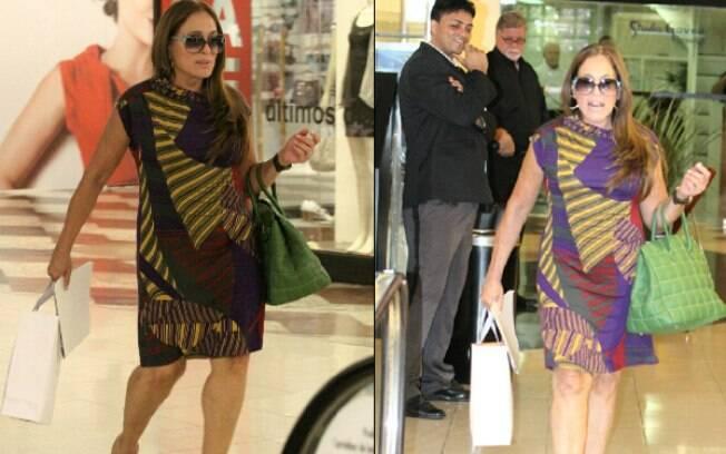 Susana Vieira faz compras em shopping no Rio