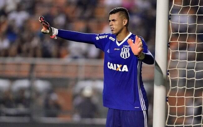 Ivan%2C goleiro da Ponte Preta%2C foi chamado para a seleção brasileira