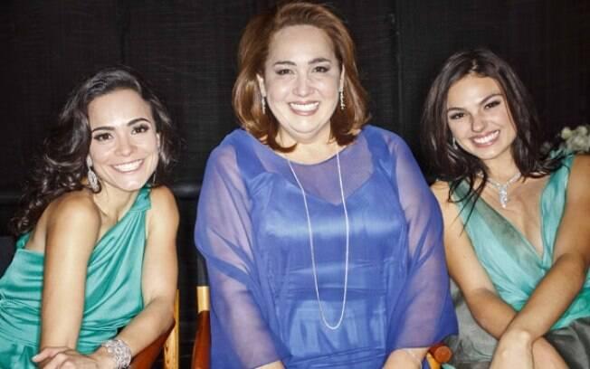 Claudia Jimenez com Alice Braga e Isis Valverde, estrelas de outros episódios de