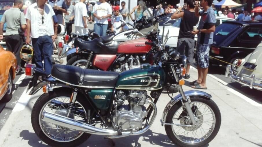 Linda, a Honda CB 360 chegou em 1974 e agradou. Mas perdia em desempenho para as rivais dois tempos