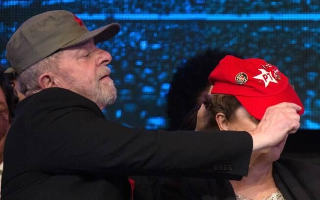 Ex-presidentes Luiz Inácio Lula da Silva e Dilma Rousseff, ambos do PT