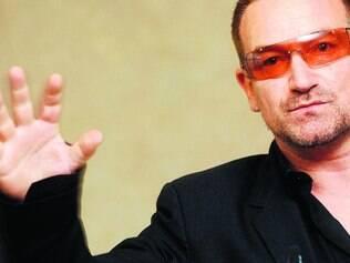 Presente. Bono Vox, vocalista do U2, foi um dos músicos que compareceram ao estúdio londrino no último sábado