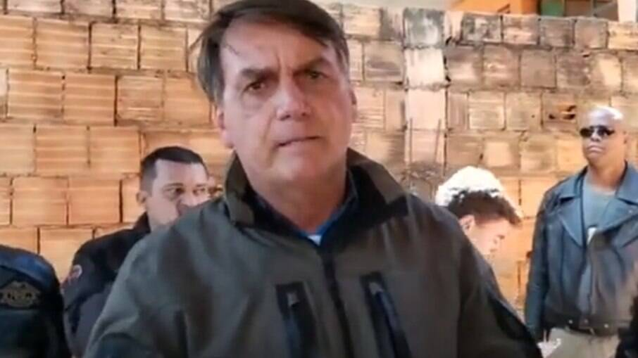 Presidente Jair Bolsonaro em visita a São Sebastião, no Distrito Federal