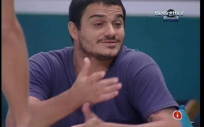 Rafa se indigna com atitude de João Maurício
