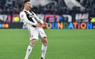 Uefa multa Cristiano Ronaldo em 20 mil euros por gesto obsceno na Champions