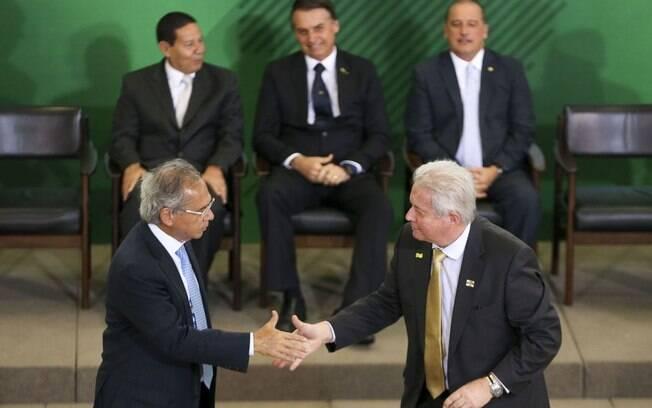 Rubem Novaes, presidente do Banco do Brasil, e Paulo Guedes, ministro da Economia