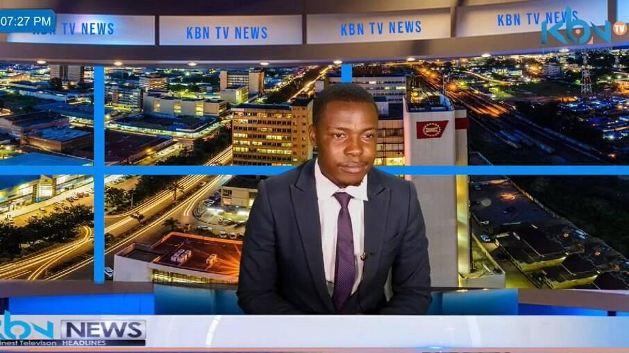 Jornalista desabafa por salários atrasados