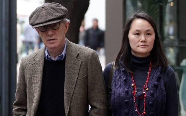 35 ANOS: Woody Allen (77 anos) e Soon-Yi (42). Foto: Splash News