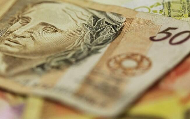 Tentativa de corromper um policial rodoviário federal com R$ 50 resultou em condenação no ES