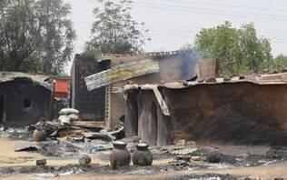 Atentados deixam ao menos 56 mortos em campo de refugiados na Nigéria