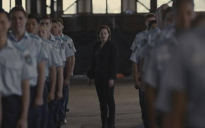Elizabeth Moss em cena da 2ª temporada de