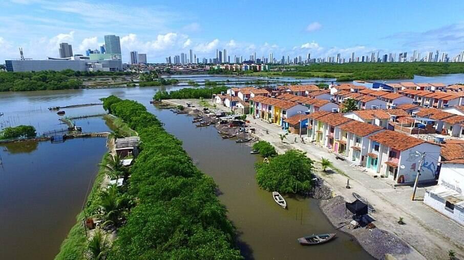 A Ilha de Deus, no Recife, é uma comunidade que abre as portas para o turismo criativo, onde é possível aprender com os moradores