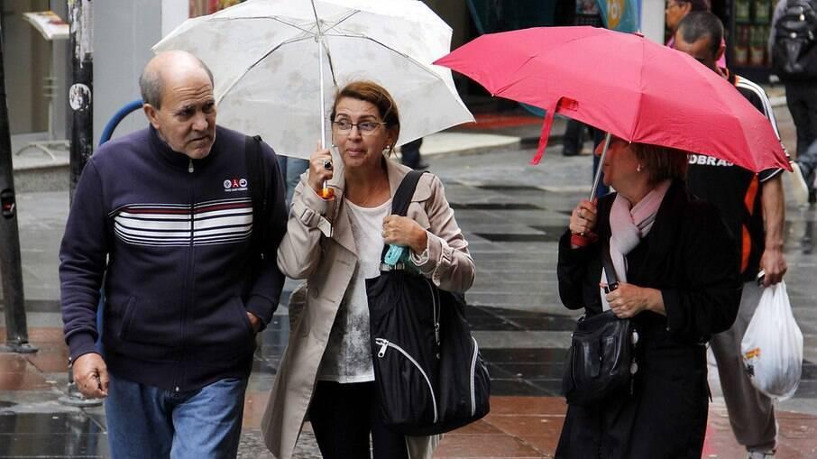 Previsão do tempo de São Paulo indica chuvas fortes e possibilidade de alagamentos