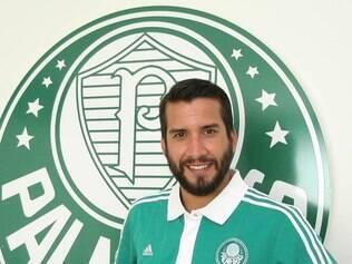 Victorino teve o incentivo do amigo de seleção Eguren para fechar com o Palmeiras