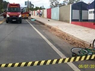 Vítima empurrava a bicicleta quando foi atingida por Uno