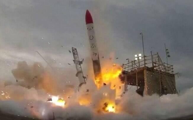Explosão de foguete no Japão foi transmitida por uma rede de televisão japonesa que acompanhava o lançamento