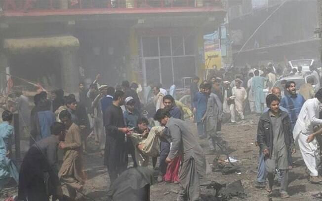 Explosão no Paquistão aconteceu perto de uma mesquita xiita para mulheres, pouco antes da oração desta sexta-feira