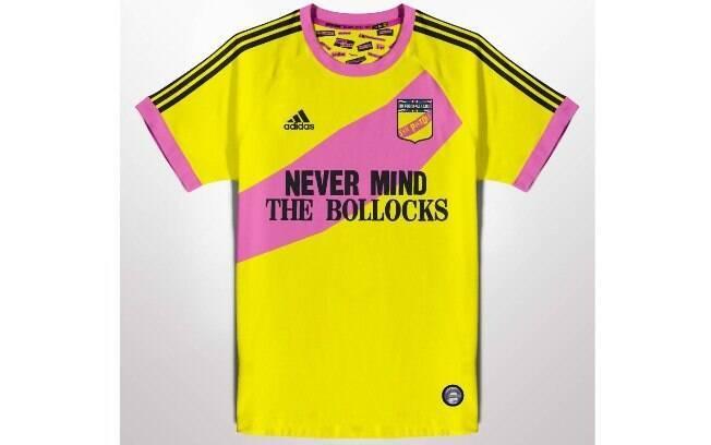 Camisas de futebol com bandas de rock famosas no mundo: Sex Pistols