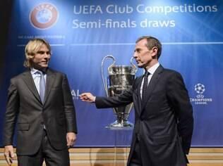 Nedved e Butragueño, ídolos de Juve e Real, no sorteio das semis da Liga dos Campeões