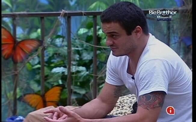Rafa conta da conversa que teve com João Maurício a Laisa e Yuri