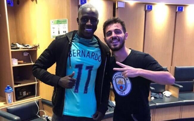 Bernardo Silva é acusado de racismo contra Benjamin Mendy, seu companheiro de Manchester City