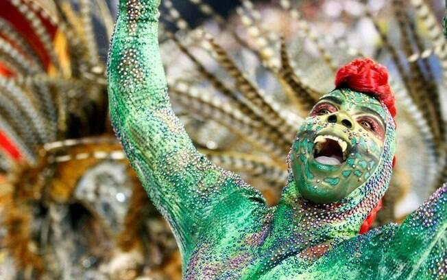 Detalhe do desfile da Mocidade Alegre no carnaval 2013