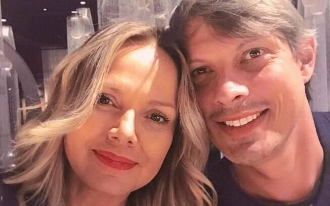 Após dar a luz a sua filha com Adriano Ricco, Eliana e o noivo planejam se casar ainda esse ano!