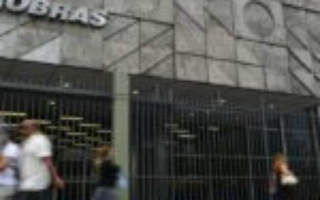 Petrobras (PETR4): general Silva e Luna não preenche requisitos para o cargo, diz conselheiro