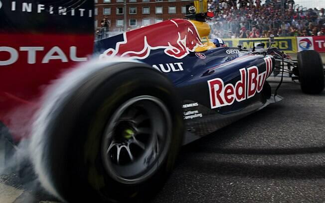 Programa de desenvolvimento de pilotos da Red Bull vai trabalhar com Jann Mardenborough
