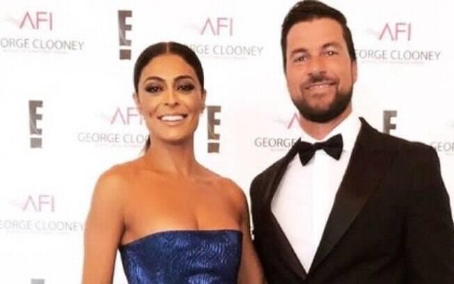 Juliana Paes participou, ao lado do esposo Carlos Eduardo, do AFI 2018, em Los Angeles, nos Estados Unidos, uma noite especial que homenageou George Clooney