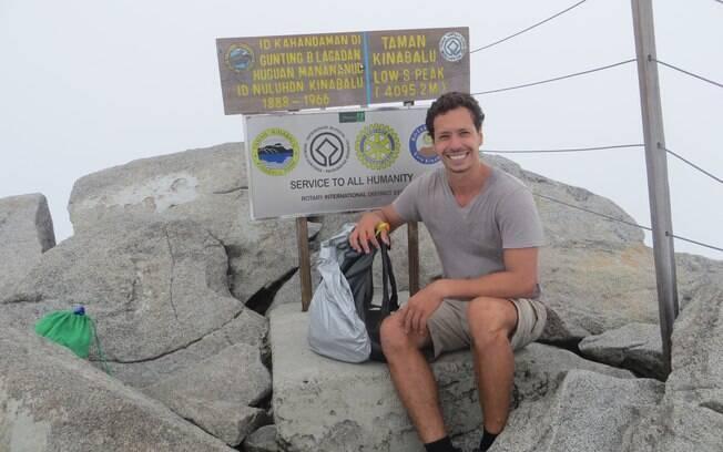 Igor Galli conta como foi escalar o Monte Kinabalu em um dia