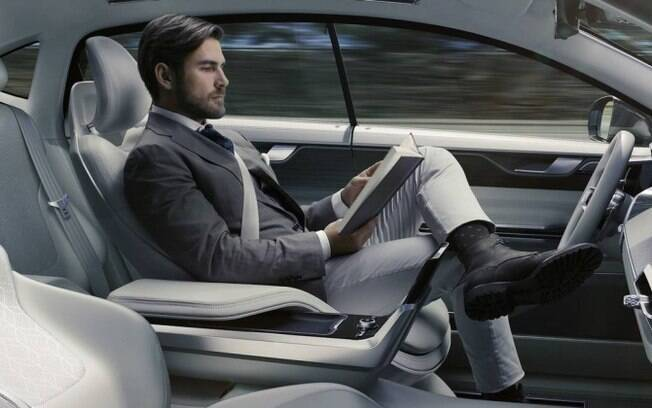 Carro autônomo ainda vai levar um bom tempo para se tornar comum no trânsito das grandes cidades do mundo