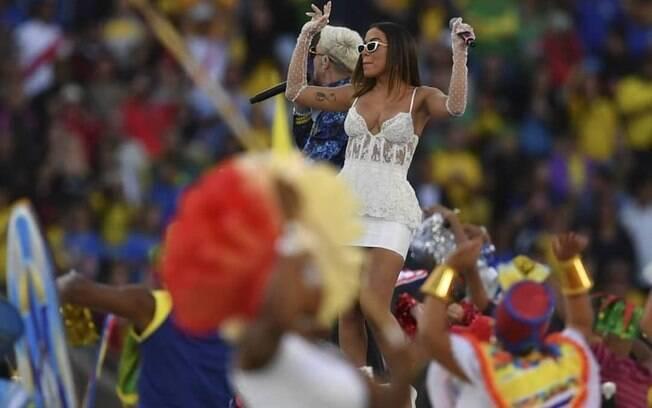 Anitta se apresenta na Copa América e revela que o que acontecer daqui para frente será um plus