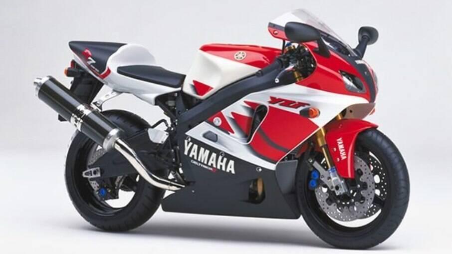 Yamaha YFZ-R7: nova geração da linha 2022 está saindo do forno com uma série de componentes sofisticados