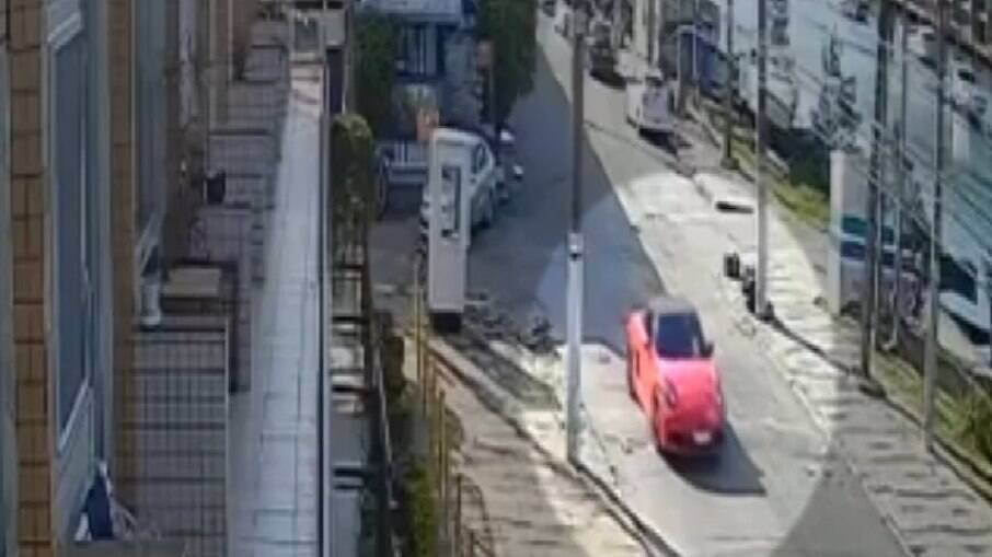 Vídeo mostra carro de assassinos de Wesley Pessano