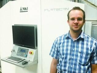 Segunda geração. O engenheiro eletrônico Alan Viegas, diretor técnico da VMI, diz que o scanner demandou muito tempo de pesquisa