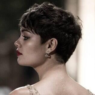 A inspiração para o corte de Bianca foi a atriz Sophie Charlotte em