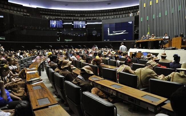 Câmara dos Deputados comemorou nesta sexta-feira (24) Dia Nacional do Quadrilheiro Junino