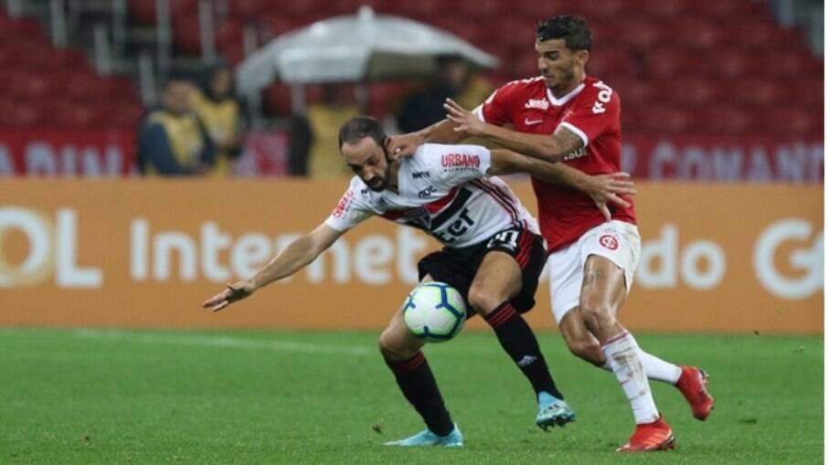 São Paulo e Inter se enfrentam em jogo decisivo no Brasileirão