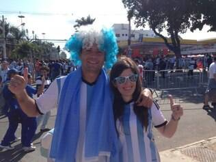 Argentinos fazem a festa no Mineirão antes do duelo contra o Irã
