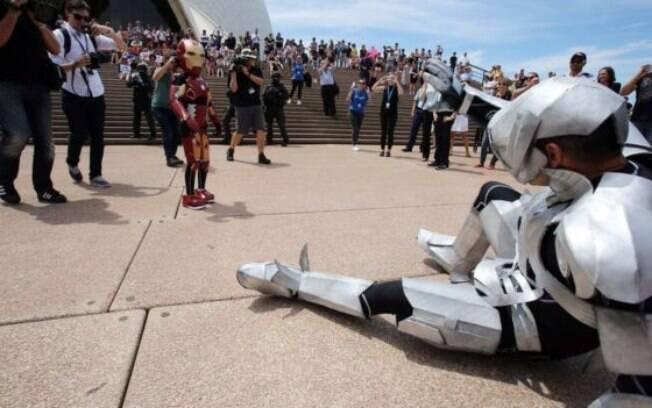 Domenic Pace teve um dia de aventuras como o Menino de Ferro em Sydney
