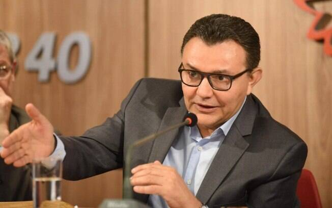 Mesmo citando a possibilidade de expulsão, Carlos Siqueira (PSB) defendeu que o melhor julgamento
