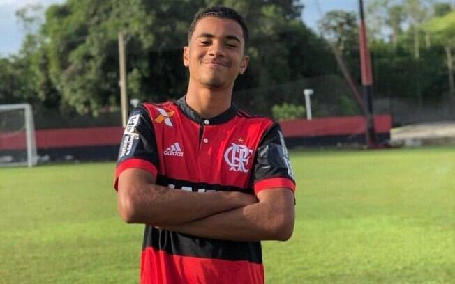 Arthur Vinicius era jogador do Flamengo e morreu no incêndio. Foto: Twitter/Reprodução