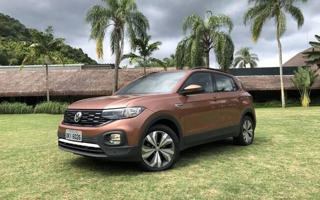 A versão Comfortline será uma das mais importantes no mix de vendas do VW T-Cross 2019. Chega às lojas em abril