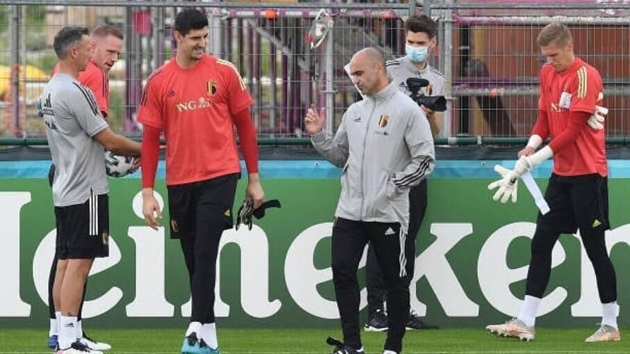 Roberto Martínez é cotado para assumir o Barcelona