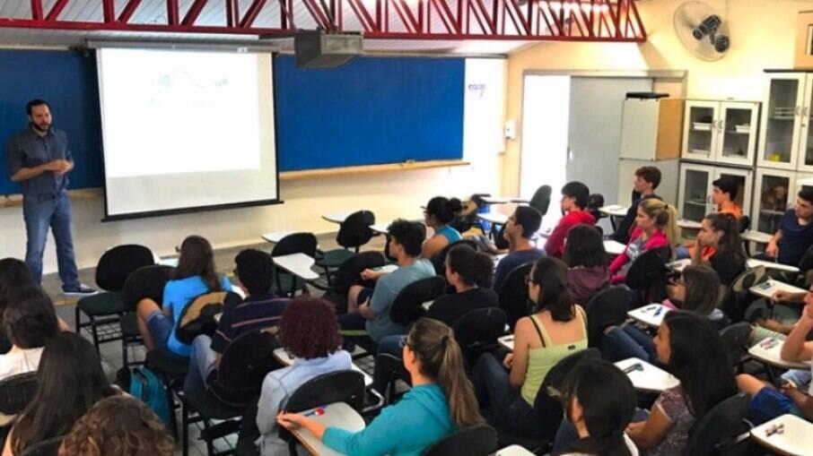 Sala de aula do Cotuca, colégio técnico da Unicamp