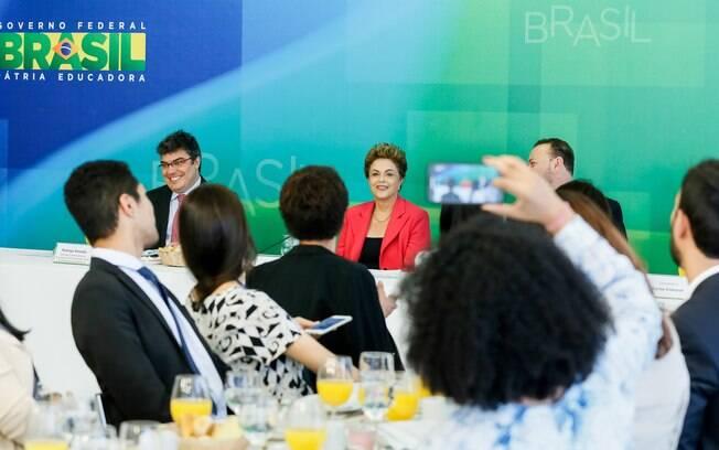 Dilma durante café da manhã com jornalistas-setoristas do Palácio do Planalto