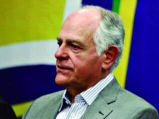 Pimenta da Veiga não assume que será o candidato do PSDB